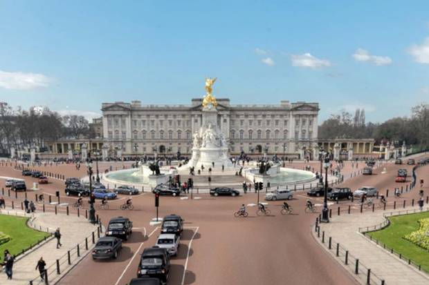 What we're not due to get currently - a segregated cycle lane in front of Buckingham Palace