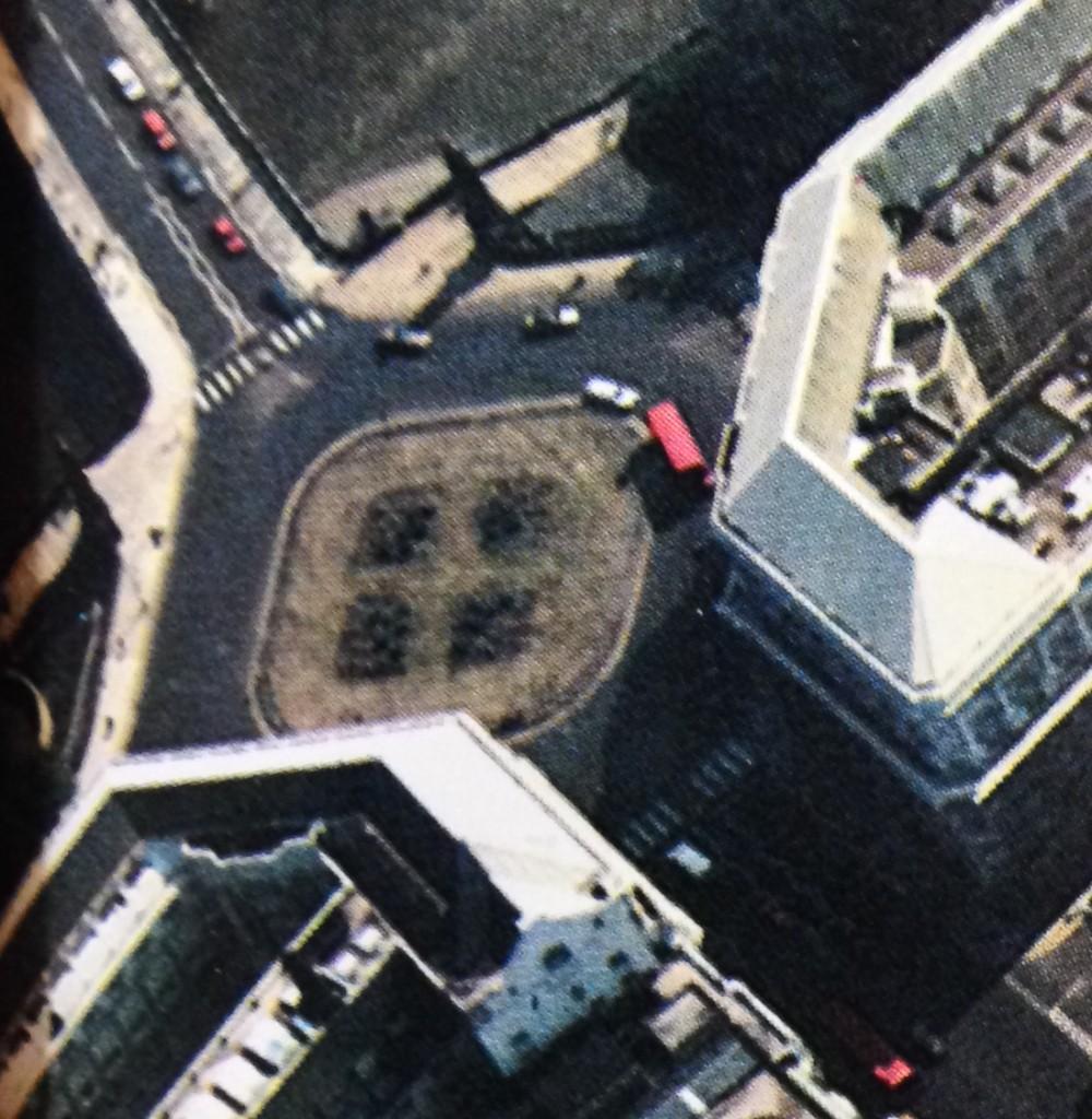 Lambeth Bridge North Roundabout in 1984