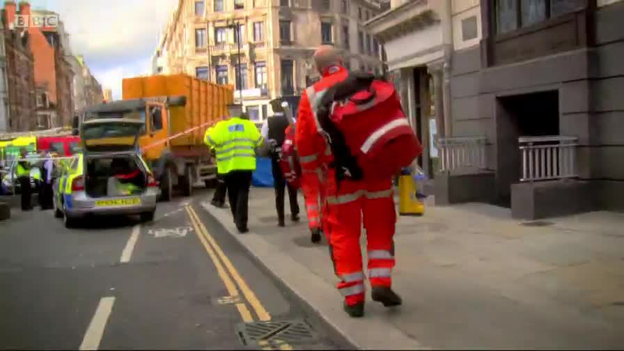 An Hour To Save Your Life - s2e1 - Janina Gehlau, hit by an HGV at Ludgate Circus